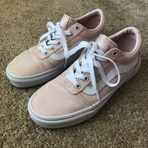 Vans women's ward low top sneakers